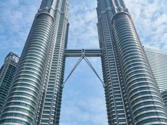 kuala-lumpur-malaysia-petronas-twin-towers