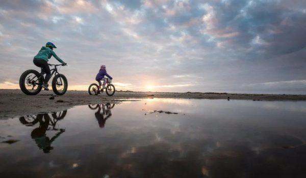 weekend-escapes-oregon-bicycles-sea