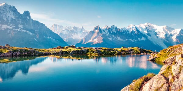 View over pristine Lac Blanc with Mont Blanc in the background
