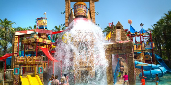 View of Aquaventure Antlantis in Dubai, one of the largest waterparks in the world