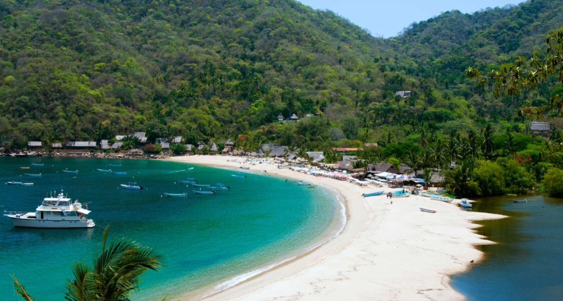 The Very Best Beaches in Mexico for Families