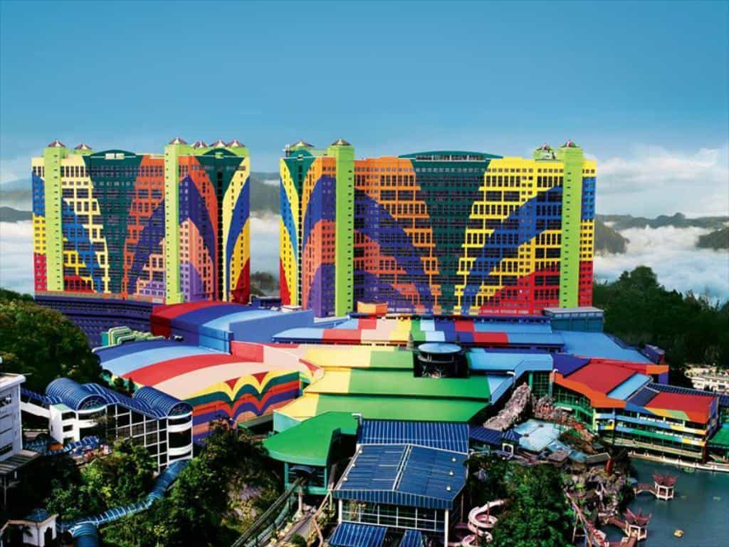 Colorful Genting Highlands First World Hotel in Malaysia, Asia, the biggest hotel in the world