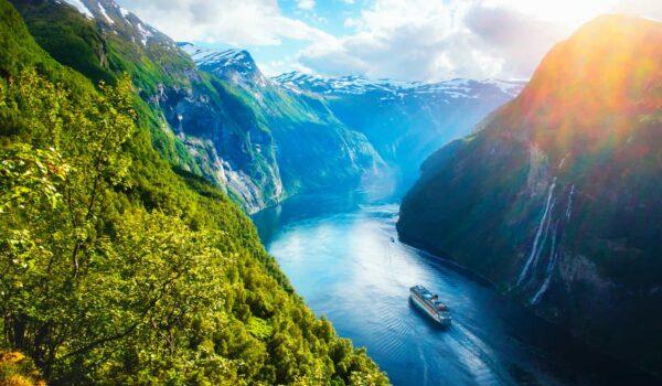 Sunnylvsfjorden fjord-norway